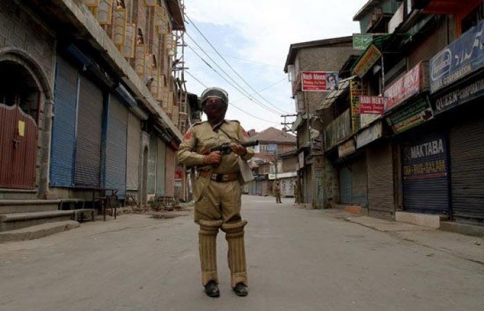 حظر التجوال في كشمير بالهند