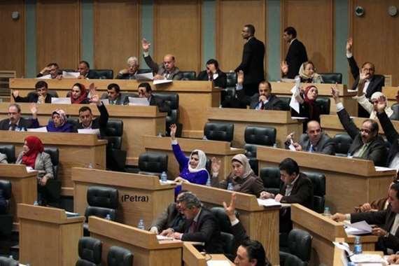 """البرلمان الأردني يقر قانون منع """"استيراد الغاز"""" من إسرائيل"""
