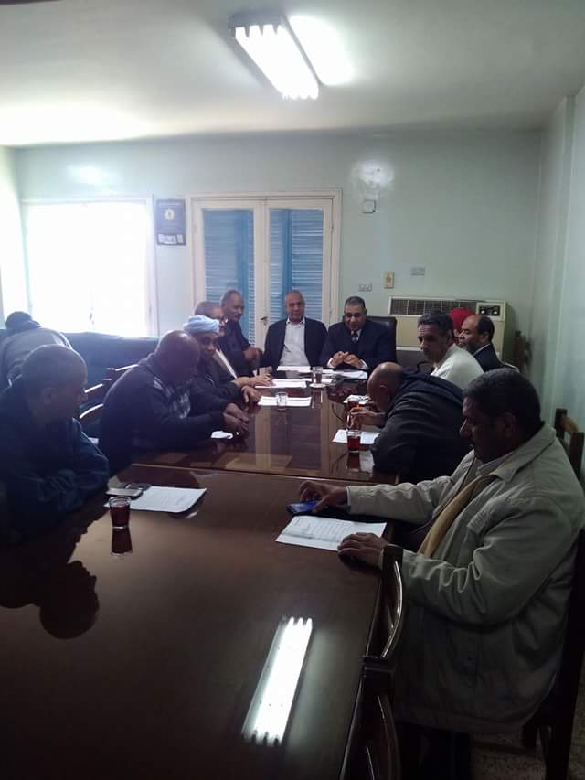 عمال قنا يطالبون نقل تبعية مصانع السكر لقطاع الأعمال