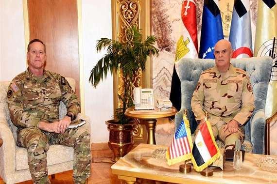 رئيس الأركان يلتقي قائد قيادة العمليات الخاصة المشتركة الأمريكية