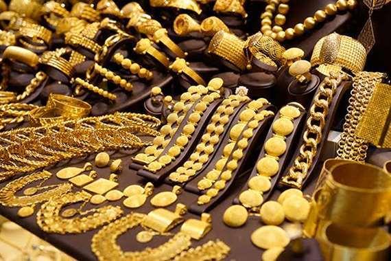 ارتفاع طفيف بأسعار الذهب