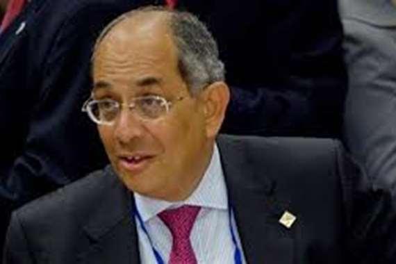 الدكتور يوسف بطرس غالي وزير المالية الأسبق