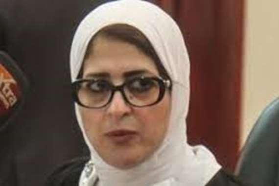 """""""مش هي اللي غلطانة"""".. إعلامي شهير  يتضامن مع وزيرة الصحة"""