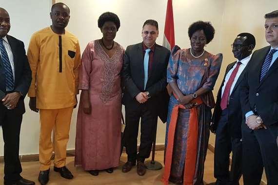 أوغندا تستعين بالخبرة المصرية في الترويج للسياحة