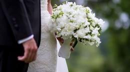 """""""أول عروسة مصرية بدون ميك أب"""".. تخطف قلوب رواد الفيس بوك"""