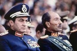 مبارك و السادات