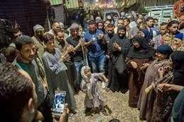 طفل يرقص بساحة السيد البدوي