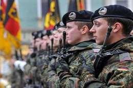 ألمانيا تبحث زيادة عدد جنودها في أفغانستان