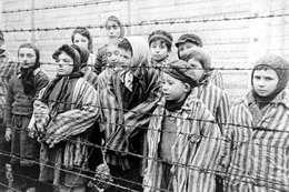 اعتماد المحرقة اليهودية ضمن مناهج التعليم