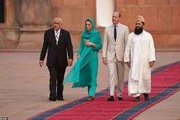 ميدلتون أميرة بريطانيا بملابس المسلمين في باكستان