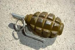 إبطال مفعول 3 قنابل بأماكن حيوية بالبحيرة