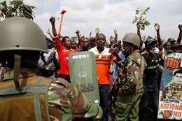 متظاهرين فى كينيا