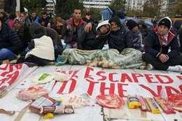 اللاجئين باليونان