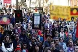 احتجاجات فلى استراليا أرشيفية