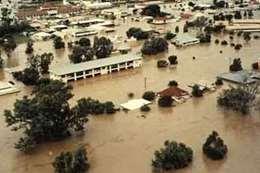 فيضانات  أرشيفية