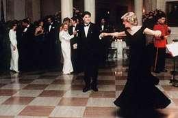 """الأميرة  """" ديانا"""" والممثل جون ترافولتا"""