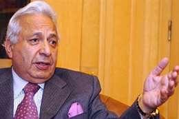 الدكتور أحمد عكاشة، أستاذ الطب النفسي
