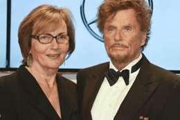 المخرج الألمانى ديتر فيدل وزوجته