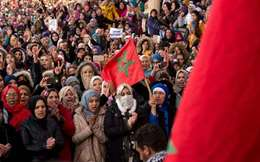 بالصور.. مظاهرات حاشدة  في المغرب  احتجاجا علي مناجم الموت