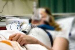 فتاة في غيبوبة