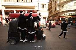 احتفالات الشباب العراقي بالكريسماس