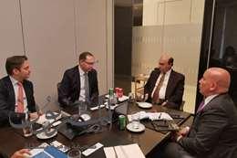 مميش : يلتقى بمسئولي AP Moller العالمية بالعاصمة البريطانية لندن
