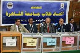 رئيس جامعة القاهرة  خلال انتخابات الطلاب