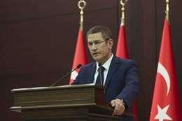 وزير الدفاع التركي نور الدين جانيكلي،