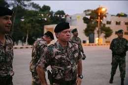 الملك عبدالله يقاتل مع الجيش الأردنى
