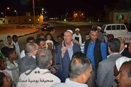 صورة لقاء المحافظ مع أهالى مرسى علم