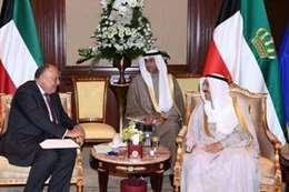 «شكري» يلتقي أمير الكويت