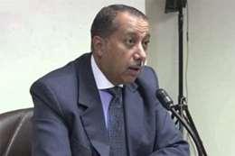 حسن حسين  رئيس لجنة البنوك والبورصات
