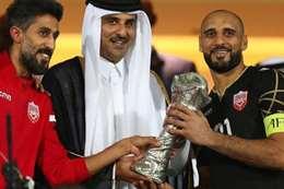 أمير قطر يتوج منتخب البحرين بالبطولة