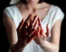 فتاة تقتل خطيبها لاعتراضه على زواجها من آخر بالدقهلية