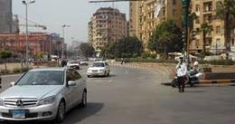 سيولة مرورية بميدان التحرير.. وتمركز الأمن بالقرب من المتحف المصرى