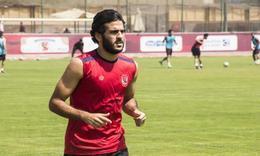 مروان محسن يؤدي تدريبات بدنية مكثفة