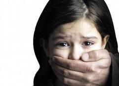 تفاصيل تعذيب طفلة وقتلها لإجبارها على التسول
