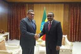 السفير المصري بأديس أبابا ورئيس وزراء إثيوبيا