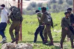 الاحتلال يعتقل 20 فلسطينيا من الضفة الغربية