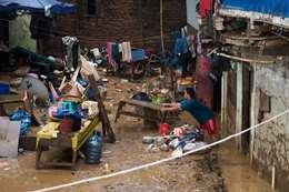 فيضانات أغرقت المنازل فى جاكرتا