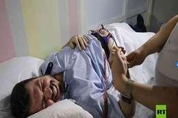 رجال يخوضون تجربة المخاض والولادة