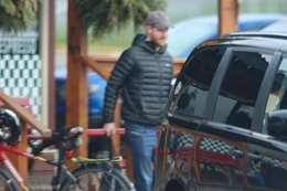 الأمير هاري يتسوق من محلات البقالة في كندا