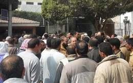 تجمهر أهالي قرية عياش احتجاجًا على نقل محطة القطارات