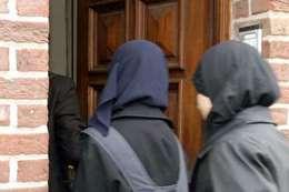 طالبات مسلمات في بريطانيا
