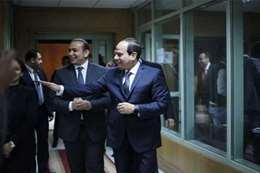 الرئيس السيسي يتفقد حملته الانتخابية