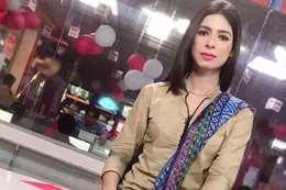 أول مذيعة متحولة جنسيًا بباكستان
