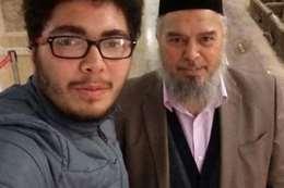 شقيق الإسلامبولي مع أحد الشباب