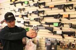 إجراءات جديدة  لحمل السلاح في نيوزيلندا