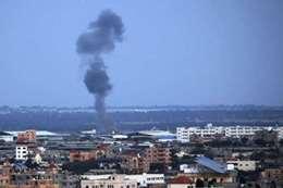 اللقطات الأولى للقصف الإسرائيلي على غزة