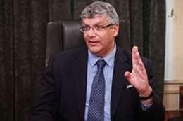 الدكتور عمرو عدلي نائب وزير التعليم العالي